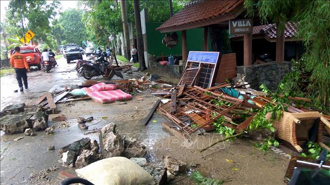 Chưa có thông tin nạn nhân người Việt trong trận sóng thần ở Indonesia