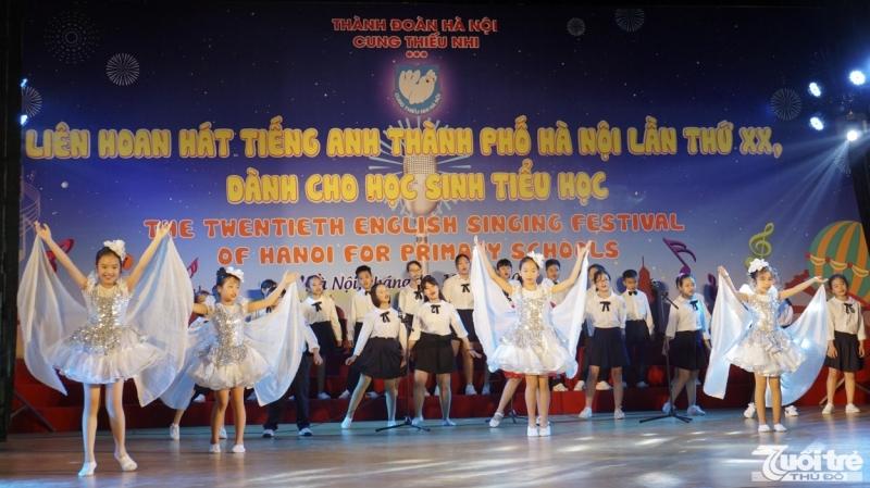 Học sinh 29 trường tiểu học tham gia Liên hoan hát tiếng Anh