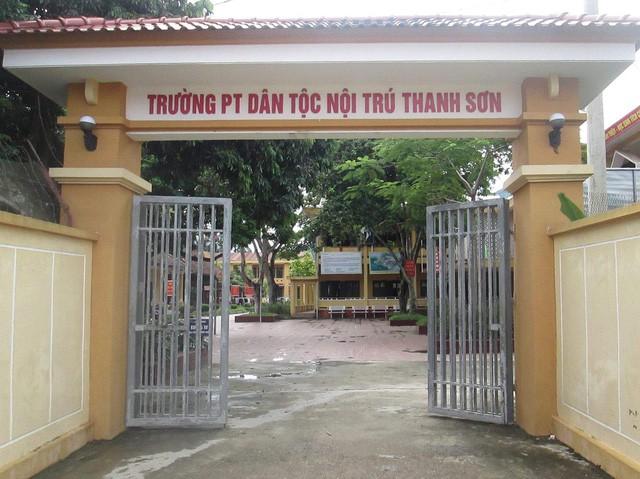 Sở GD&ĐT Phú Thọ báo cáo vụ việc hiệu trưởng bị tố nghi lạm dụng tình dục học sinh