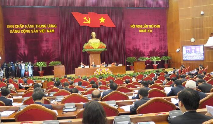 Trung ương sẽ lấy phiếu tín nhiệm các đồng chí Ủy viên Bộ Chính trị, Ban Bí thư