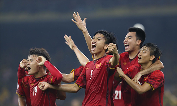 Thủ hòa Malaysia, tuyển Việt Nam chiếm ưu thế giành AFF Cup