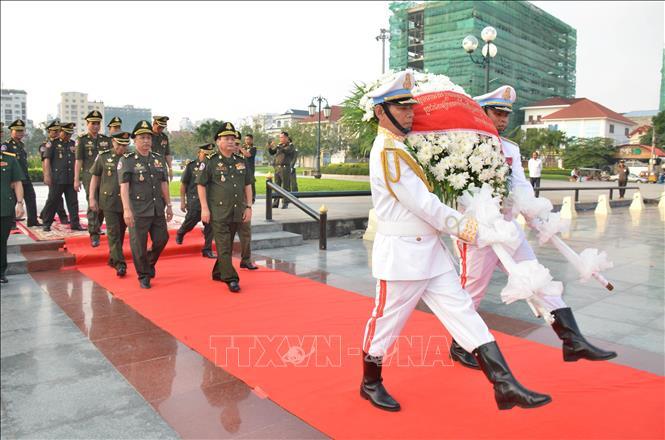 Tri ân các anh hùng liệt sĩ quân tình nguyện Việt Nam hy sinh tại Campuchia
