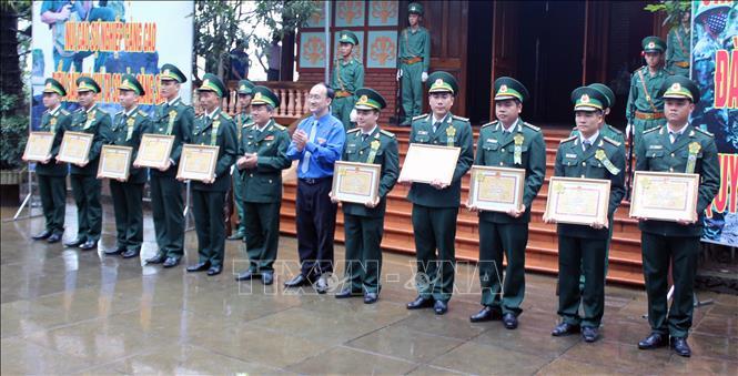 Bộ đội Biên phòng tỉnh Phú Yên báo công dâng Bác