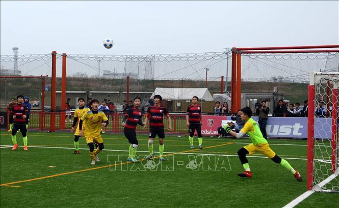Đội FC Tokai đoạt Cúp vô địch Giải bóng đá người Việt Nam tại khu vực Kanto