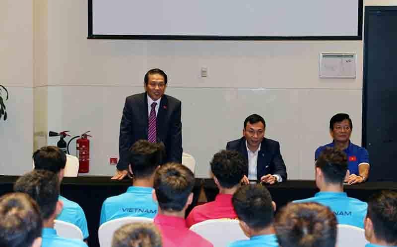 Đại sứ Việt Nam tại UAE động viên đội tuyển Việt Nam