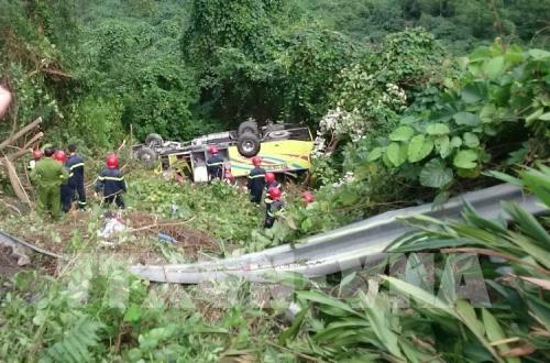 Vụ xe khách rơi xuống vực ở đèo Hải Vân: Khởi tố vụ án hình sự, khởi tố bị can đối với lái xe Trương Anh Minh