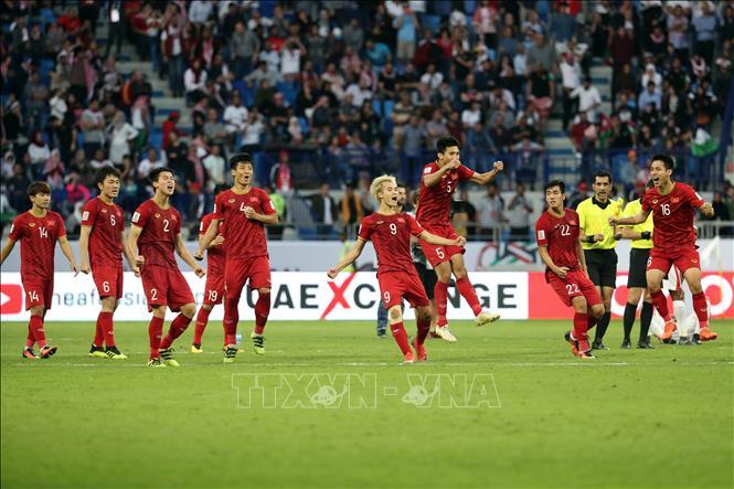 [Infographic] Asian Cup 2019 vòng 1/8: Thống kê bất ngờ của tuyển Việt Nam trước Jordan