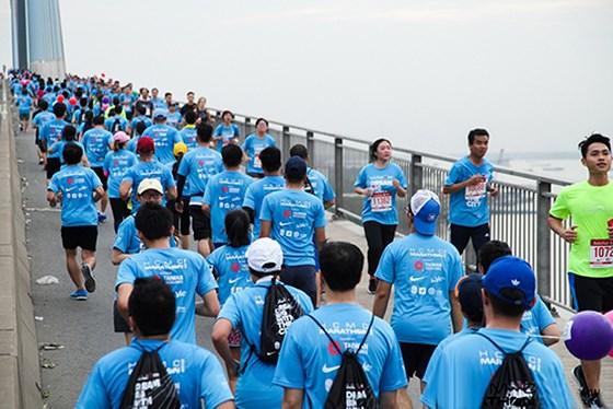 Hơn 9.000 người tham gia Giải Marathon Thành phố Hồ Chí Minh 2019