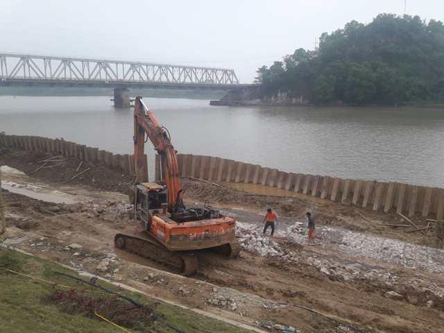 Thanh Hóa: Cần bảo đảm tiến độ, chất lượng Dự án xử lý khẩn cấp đê hữu sông Mã