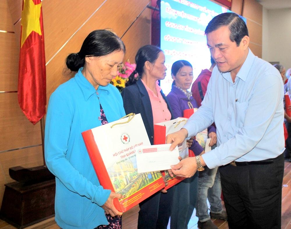 """Quảng Nam: Hơn 260 triệu đồng ủng hộ """"Tết vì người nghèo và nạn nhân chất độc da cam"""""""