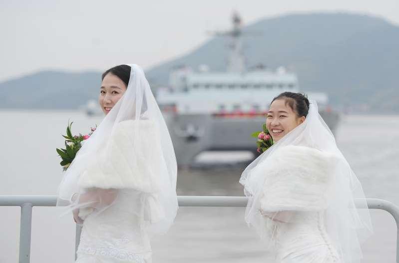 Trung Quốc: Nhân viên nữ độc thân được nghỉ Tết dài hơn
