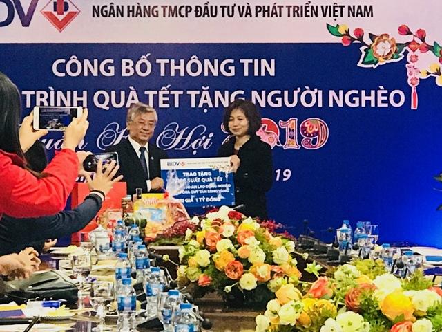 BIDV tặng 40.000 suất quà Tết Nguyên đán Kỷ Hợi 2019 cho người nghèo