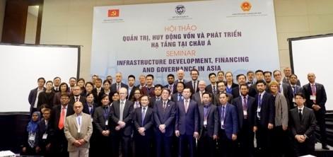 Kinh nghiệm quốc tế về quản trị, huy động vốn và phát triển cơ sở hạ tầng
