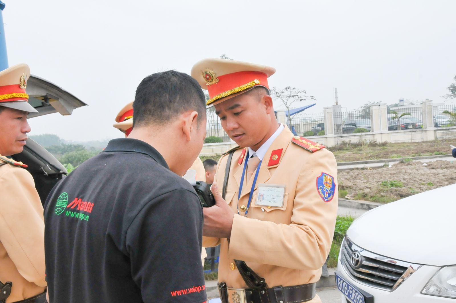 Tăng cường tuần tra, kiểm soát đảm bảo trật tự an toàn giao thông