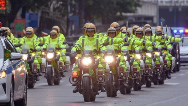 An toàn giao thông cho hành khách và người đi mô tô, xe máy