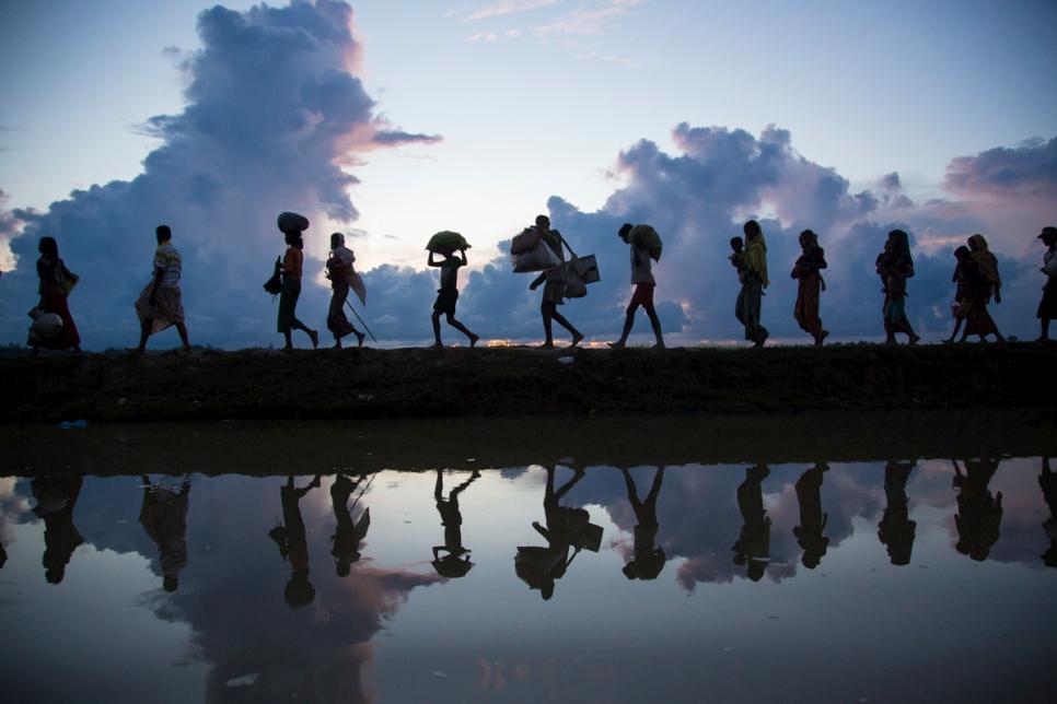 """""""2 tỷ km an toàn"""" – chiến dịch toàn cầu chia sẻ hành trình với người tị nạn"""