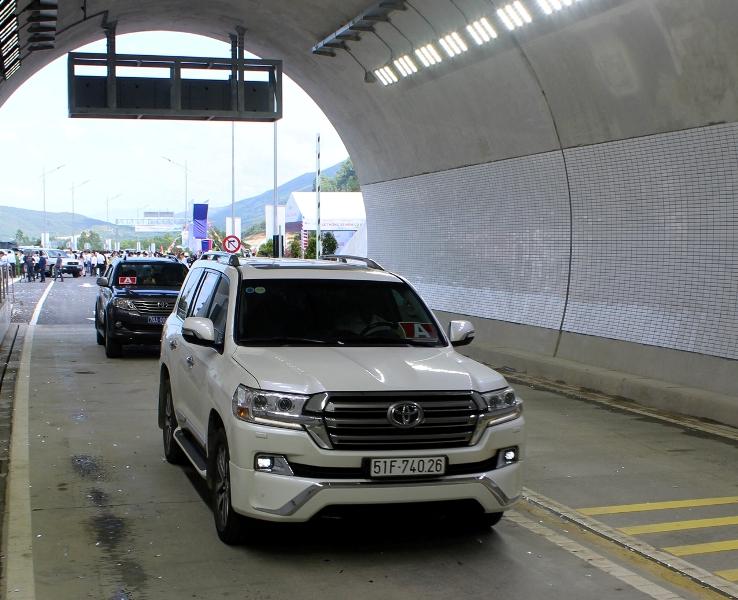 Chính thức thông xe hầm Cù Mông nối liền hai tỉnh Bình Định và Phú Yên