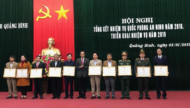 Quảng Bình: Gắn phát triển kinh tế - xã hội với củng cố quốc phòng - an ninh