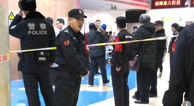 Trung Quốc: Tấn công bằng dao tại trường tiểu học, 20 học sinh bị thương