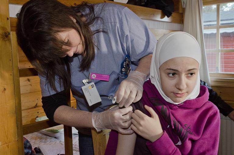WHO công bố báo cáo về sức khỏe của người tị nạn và người di cư