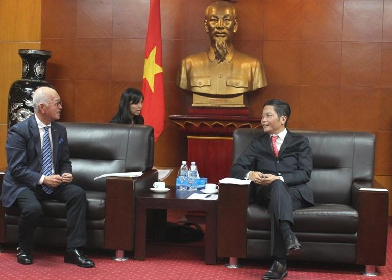 Bộ Công Thương tiếp Đại sứ đặc mệnh toàn quyền Nhật Bản tại Việt Nam