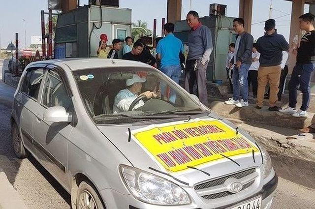 Báo cáo Thủ tướng Chính phủ việc cản trở thu phí trạm Bắc Thăng Long-Nội Bài