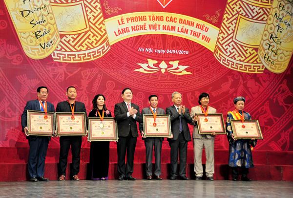 Phong tặng các danh hiệu Làng nghề Việt Nam năm 2018