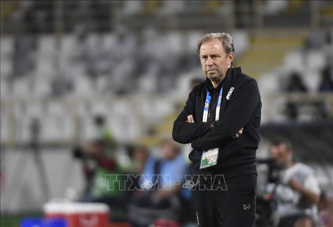 Huấn luyện viên đội tuyển Thái Lan bị sa thải