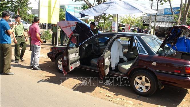 Làm rõ vụ xe ô tô của cán bộ kiểm lâm Bình Phước nghi bị gài mìn