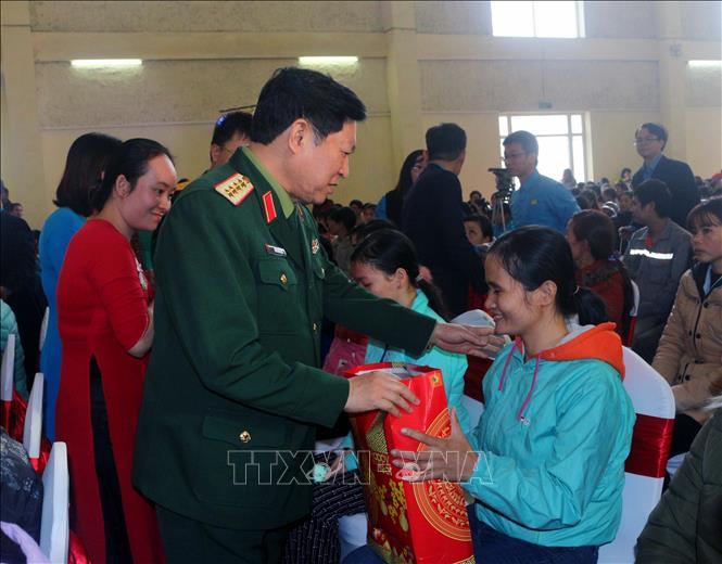 """Đại tướng Ngô Xuân Lịch dự Chương trình """"Tết sum vầy năm 2019"""" tại Hà Nam"""