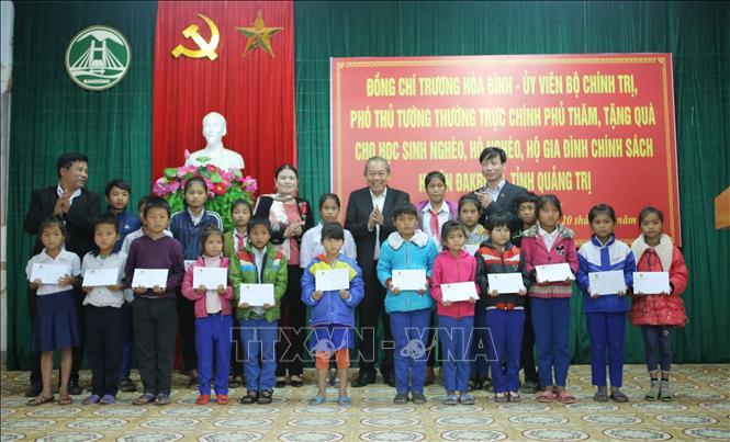 Phó Thủ tướng Thường trực Trương Hòa Bình làm việc tại Quảng Trị