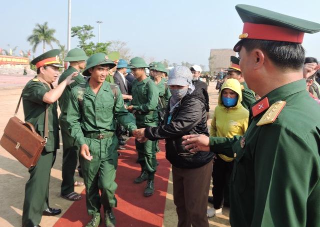 Các tỉnh, thành phố đồng loạt tổ chức Lễ giao nhận quân năm 2019  