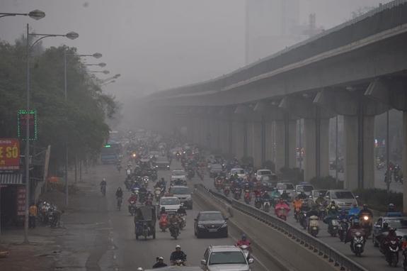 Bắc Bộ tiếp tục có mưa phùn và sương mù, Nam Bộ có nơi nắng nóng
