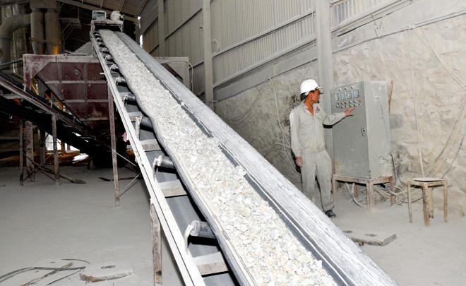 Điều chỉnh công suất khai thác và tuyển quặng cao lanh-felspat