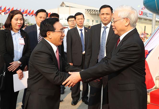 Coi trọng quan hệ đoàn kết đặc biệt Việt – Lào