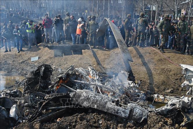 Pakistan xác nhận bắn rơi 2 máy bay chiến đấu của Ấn Độ