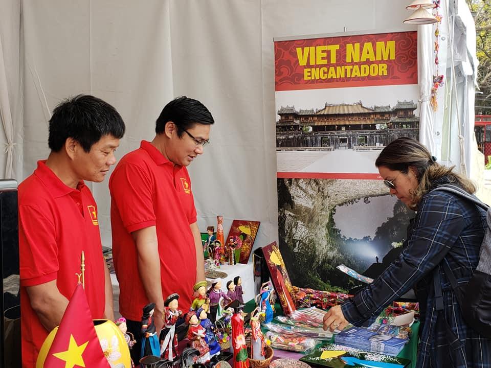 Quảng bá đất nước, con người Việt Nam tại Mexico