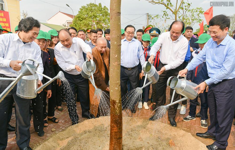 Xây dựng kế hoạch hành động cụ thể, thiết thực về trồng rừng, bảo vệ rừng