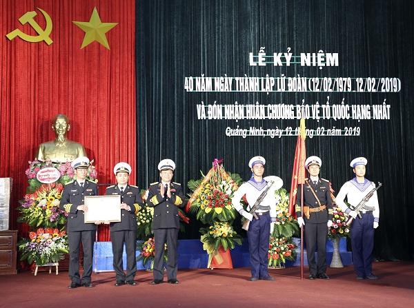 Lữ đoàn 170 đón nhận Huân chương Bảo vệ Tổ quốc hạng Nhất