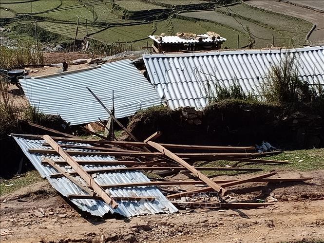 Yên Bái: 276 ngôi nhà bị ảnh hưởng do lốc xoáy và mưa đá
