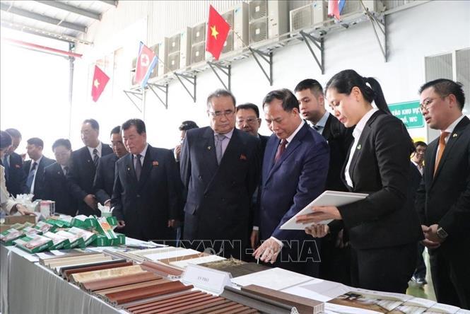 Đoàn đại biểu lãnh đạo cấp cao Đảng Lao động Triều Tiên thăm tỉnh Hải Dương