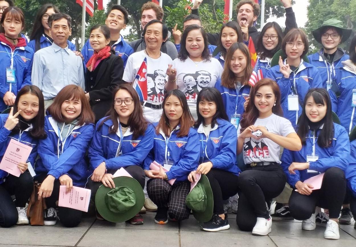 Thanh niên Thủ đô góp sức đảm bảo trật tự giao thông, hỗ trợ du lịch
