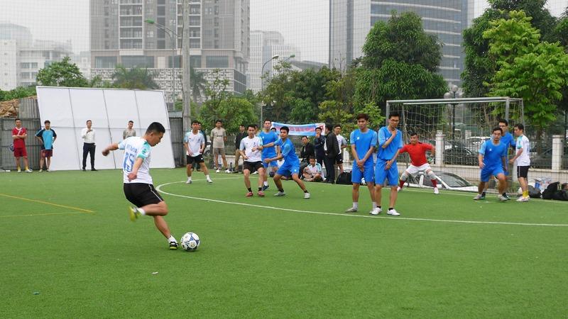 16 đội tranh tài tại Giải bóng đá truyền thống VNPT năm 2019