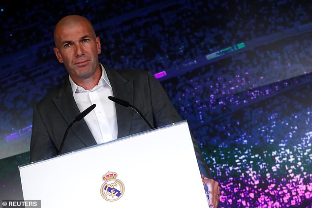 Zidane bất ngờ trở lại Bernabeu
