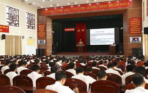 Bồi dưỡng nâng cao công tác chính trị tại Vùng 2, Hải quân