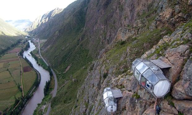 """""""Khách sạn treo"""" bên vách núi ở Peru"""