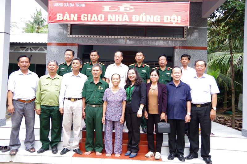 """Sóc Trăng xây tặng 267 căn nhà trong """"Tết quân - dân"""" giai đoạn 2015 - 2019"""