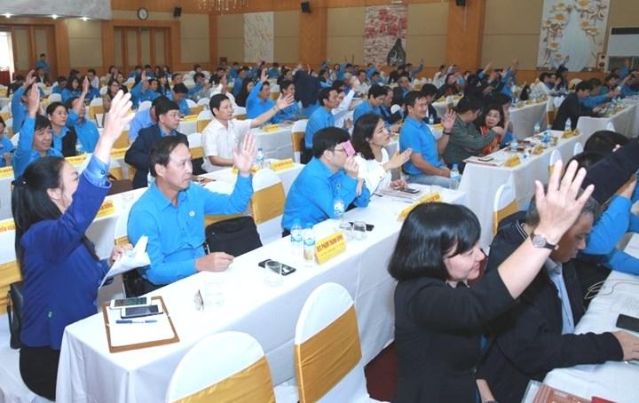 Phát động đợt thi đua đặc biệt chào mừng 90 năm thành lập Công đoàn Việt Nam