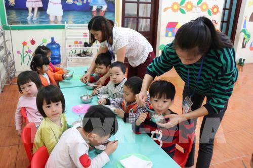 """Vụ thịt lợn """"bẩn"""" ở Thuận Thành, Bắc Ninh: Hơn 1.300 trẻ đi làm xét nghiệm sán lợn"""