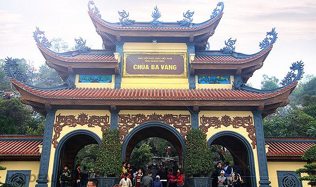 """""""Vong báo oán"""" ở chùa Ba Vàng: Chờ kết quả xác minh, xử lý"""